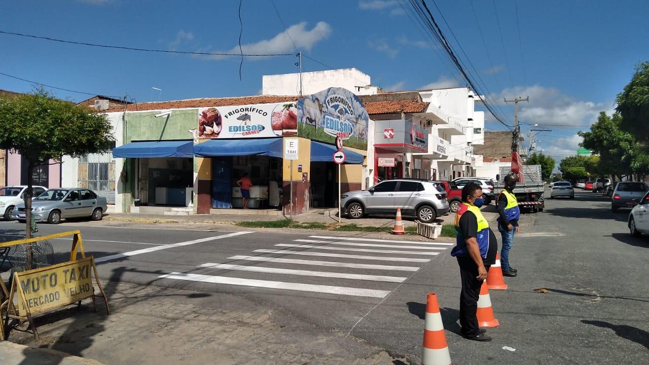 ruas 2 - Mudança no Trânsito: STTRANS alerta para mudança de sentido de ruas em Patos