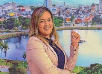 sabrina e1620429998606 - SOLTEIRAS, BEM SUCEDIDAS E COBIÇADAS: Jornalistas da Paraíba fazem sucesso e se tornam as comunicadoras mais desejadas do estado