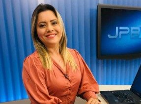 waleria assuncao e1620444248375 - SOLTEIRAS, BEM SUCEDIDAS E COBIÇADAS: Jornalistas da Paraíba fazem sucesso e se tornam as comunicadoras mais desejadas do estado