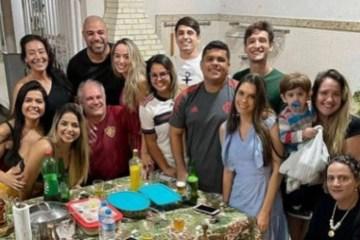 1961669988 60c62355bf445 - Adriano teria terminado com namorada após conhecer família
