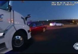 Crianças 'roubam' carro dos pais e causam acidente – VEJA VÍDEO
