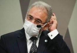 Doutor Queiroga, pede pra sair! E use máscara – Por Olga Curado