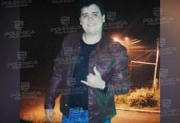 """Tio de Geffeson de Moura se diz revoltado após o delegado indiciado pelo homicídio do jovem ser nomeado: """"é lamentável mas continuamos na luta"""""""