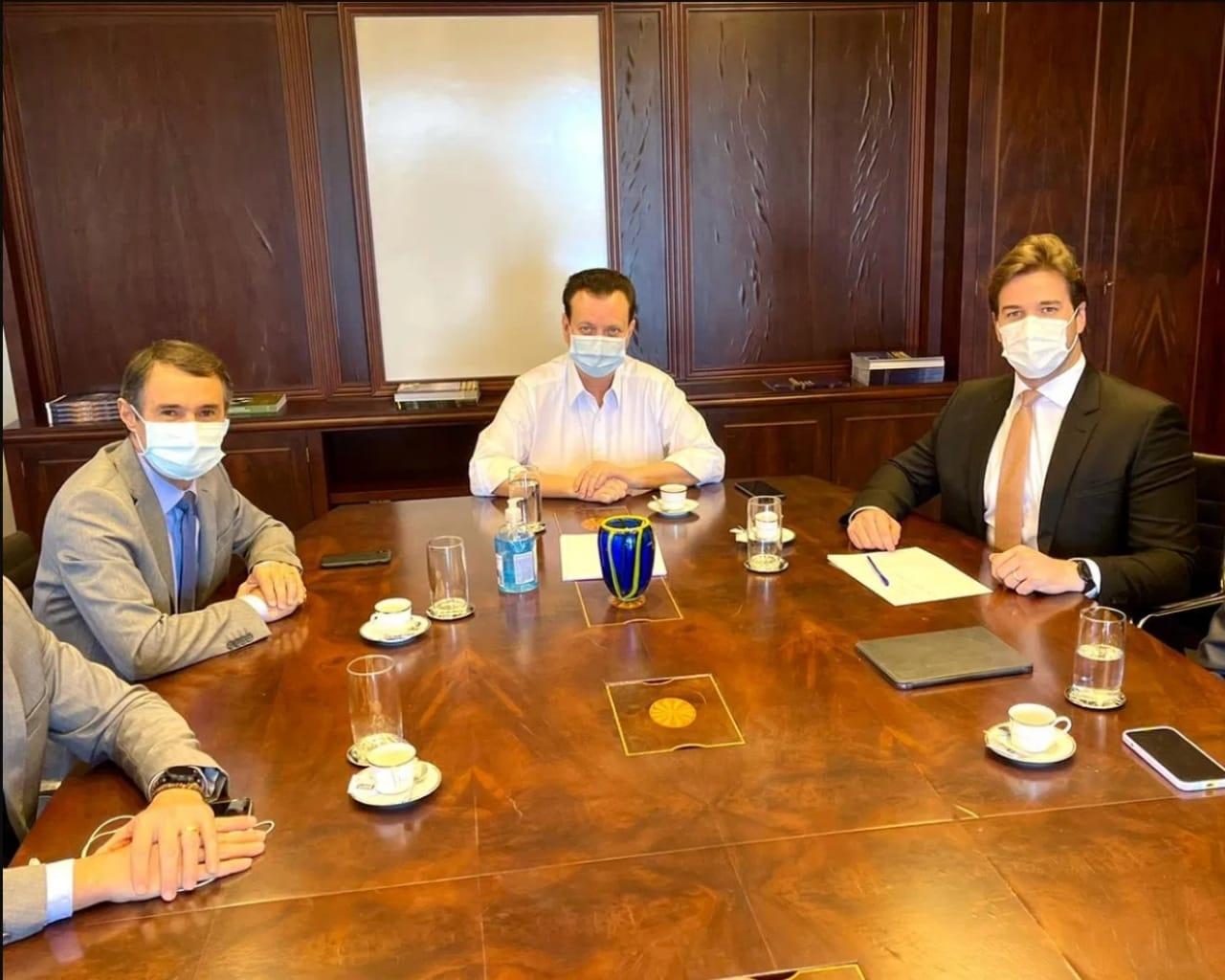 WhatsApp Image 2021 06 01 at 13.59.06 1 - POLÍTICA E PANDEMIA: com Romero e Tovar, Bruno Cunha Lima participa de reunião com Kassab e tem agenda em ministérios em Brasília