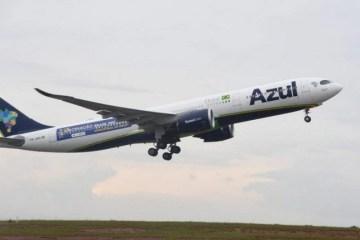 azul - Bolsonaro sanciona lei que prorroga medidas emergenciais para companhias aéreas
