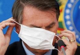 "Famosos pedem uso de máscara após fala de Bolsonaro: ""Não tire a máscara, tire o Bolsonaro"""
