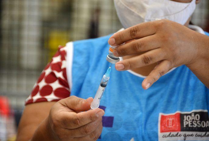 csm Vacina jp coronavac 803d8d3aa3 - Prefeitura de João Pessoa segue com segunda dose das vacinas Astrazeneca e Coronavac nesta quarta-feira