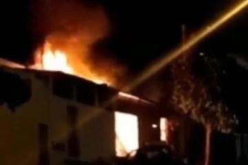 incendio - Incêndio destrói fábrica de móveis em Campina Grande