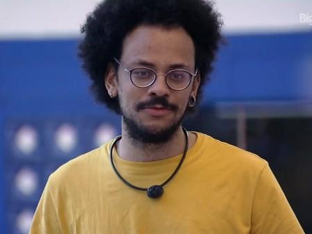 joao bbb - Ex-BBB João Luiz e namorado são perseguidos por fã em estrada: 'Não façam isso'