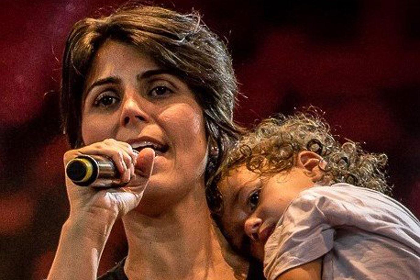 """manuela davila laura - Manuela D'Ávila relata ameaças de estupro contra sua filha de 5 anos: """"Gente inescrupulosa!"""""""