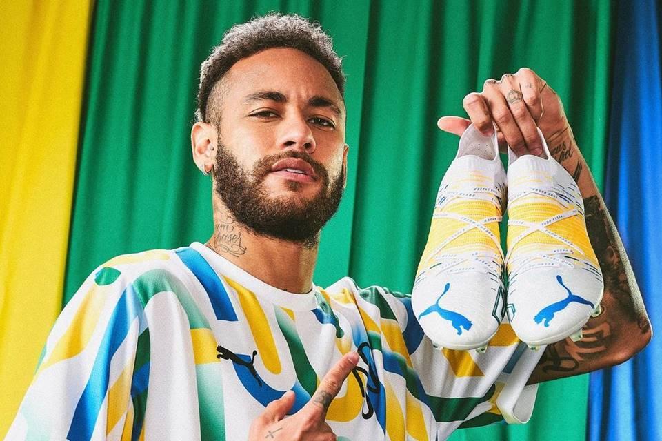 neymar chuteiras puma - IRÔNICO? Em meio à polêmica com Nike, Neymar posta foto com chuteira da Puma