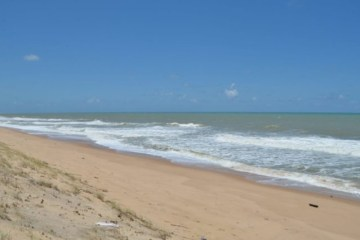 praia 750x430 1 - Prefeitura de Conde publica novo decreto com medidas de prevenção à Covid-19