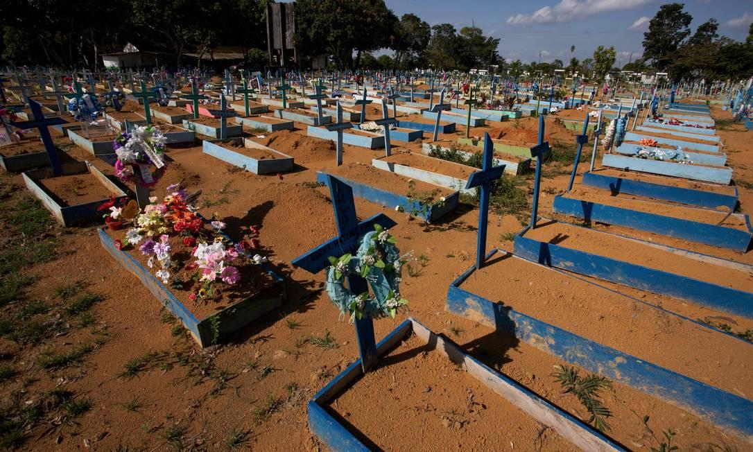 x93473777 A graveyard for COVID 19 victims at the Nossa Senhora cemetery in Manaus on June 19 2021.jpg.pagespeed.ic .Bm7jBSLxLD - Brasil tem média de mortes por covid acima de 2 mil pelo quinto dia seguido