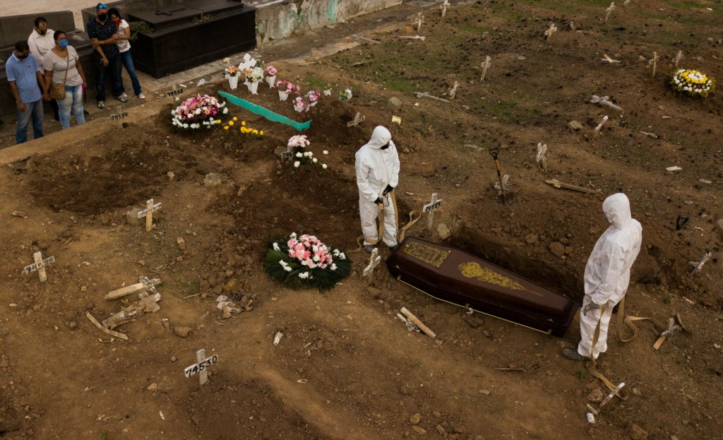 age20200513123 1024x623 1 - Brasil registra 695 novas mortes por covid-19 em 24 h, segundo ministério