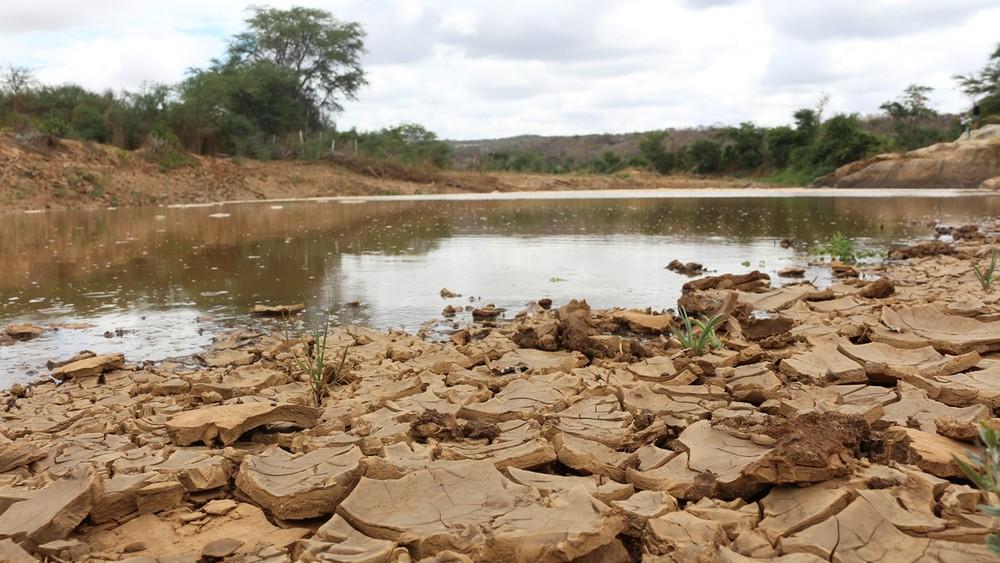 leio do rio paraiba - Mais de 40 municípios da Paraíba sofrem com estiagem e governo decreta situação de emergência