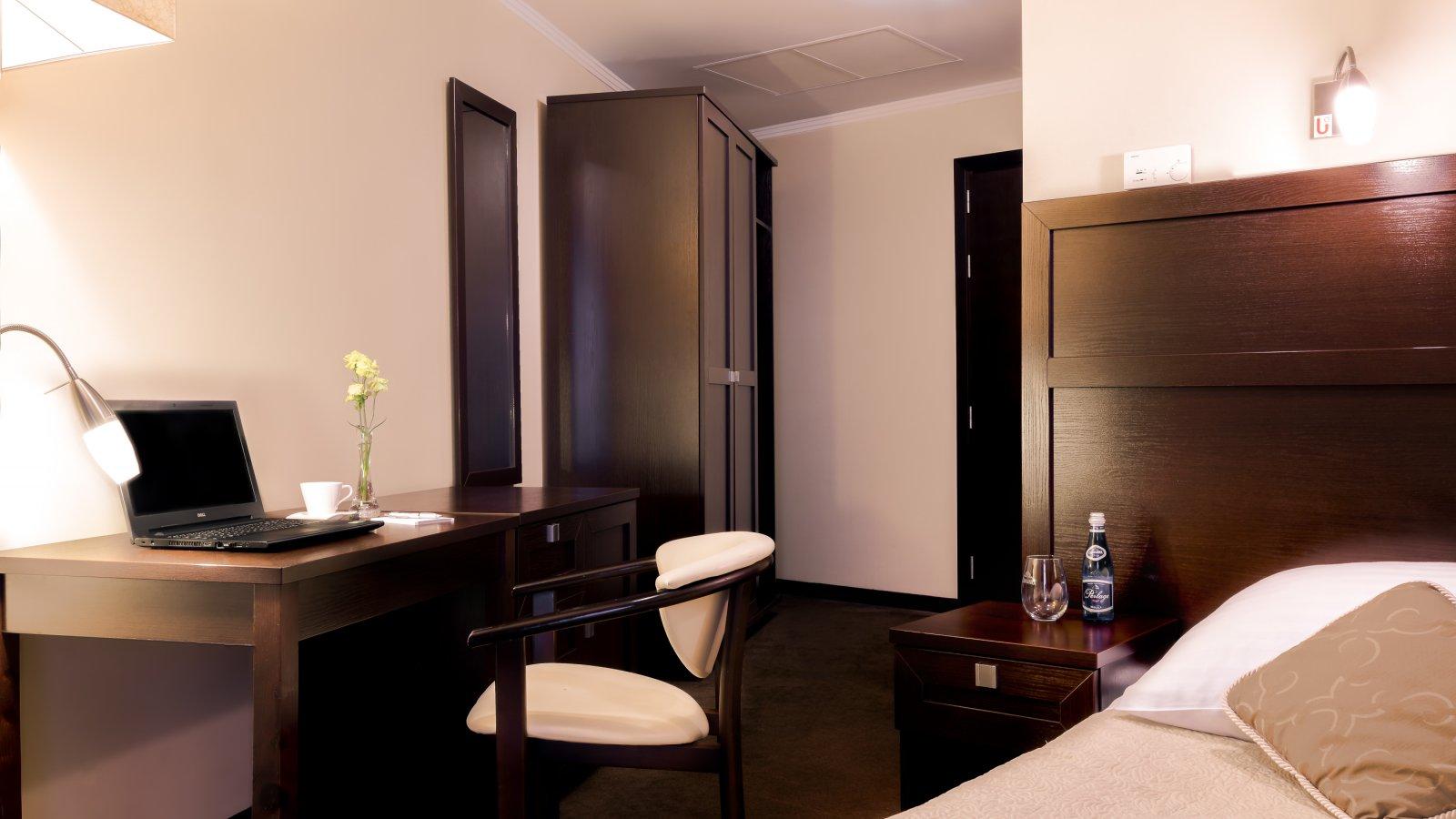 Hotell Aurora room-2