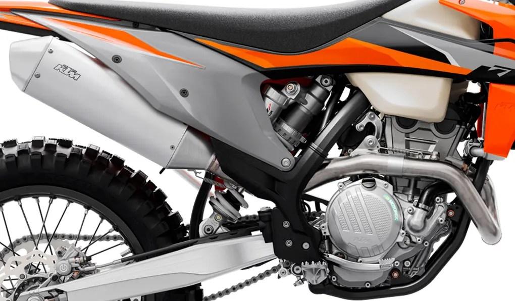 PHO_BIKE_DET_250-EXC-F-MY21-Exhaust_#SALL_#AEPI_#V1
