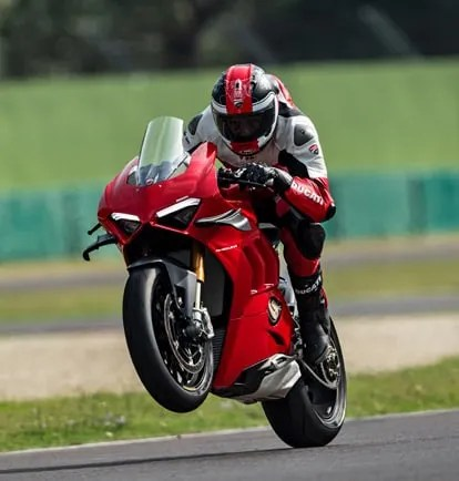 Panigale-V4-S-MY20-Red-01-Faster-on-track-01-Grid-People-414x434