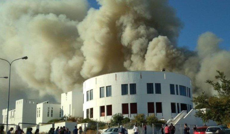 Υπό έλεγχο η φωτιά στο Πανεπιστήμιο Κρήτης