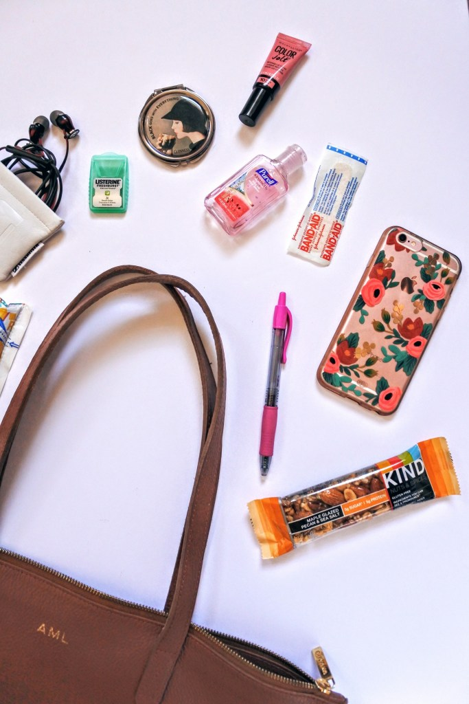 Never leave home without these tote bag essentials!