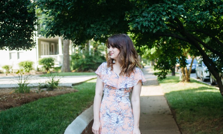 How to Style a Maxi Dress for a Casual Look