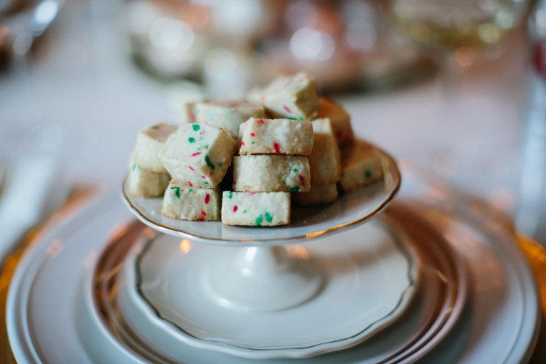Easy Holiday Cookies // www.polishedclosets.com