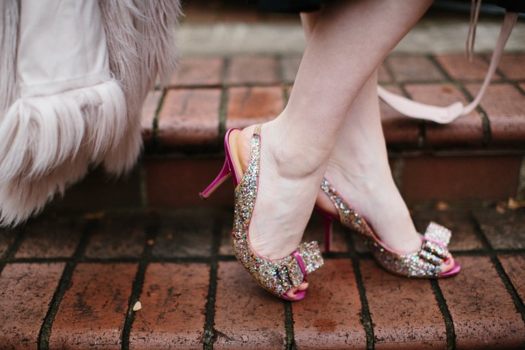 Kate Spade glitter shoes with bow // www.polishedclosets.com