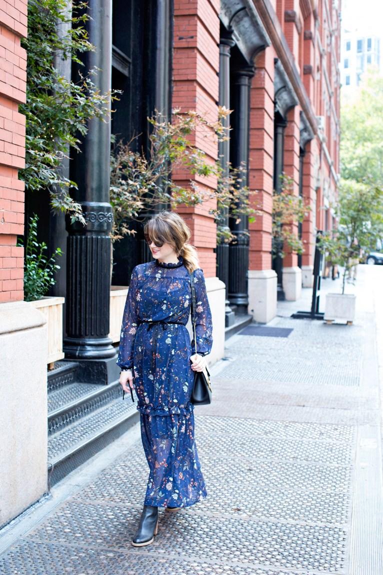 long sleeve maxi dress // www.polishedclosets.com