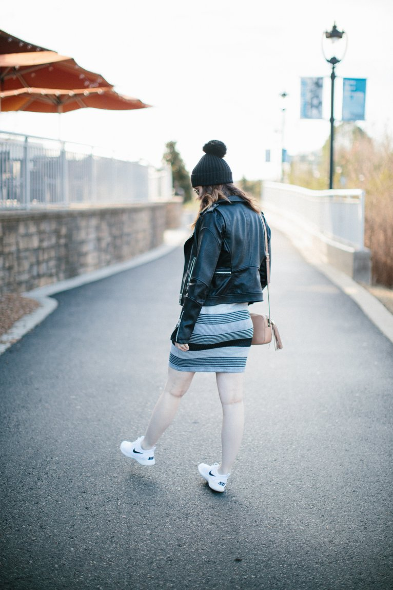 how to wear a dress with sneakers // www.polishedclosets.com