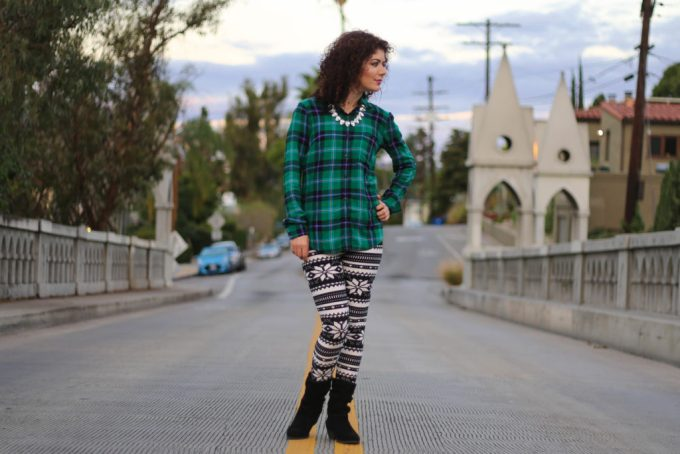 Simple addiction nordic wonderful leggings with plaid shirt
