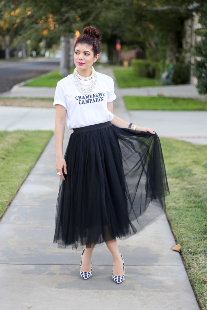 c1375eb498 Tulle skirt | tulle skirt outfit | how to wear a tulle skirt | black tulle  ...