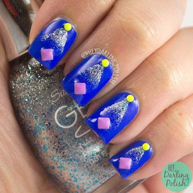 nails, nail art, nail polish, gradient, glitter, studs, blue, hey darling polish, golden oldie thursdays