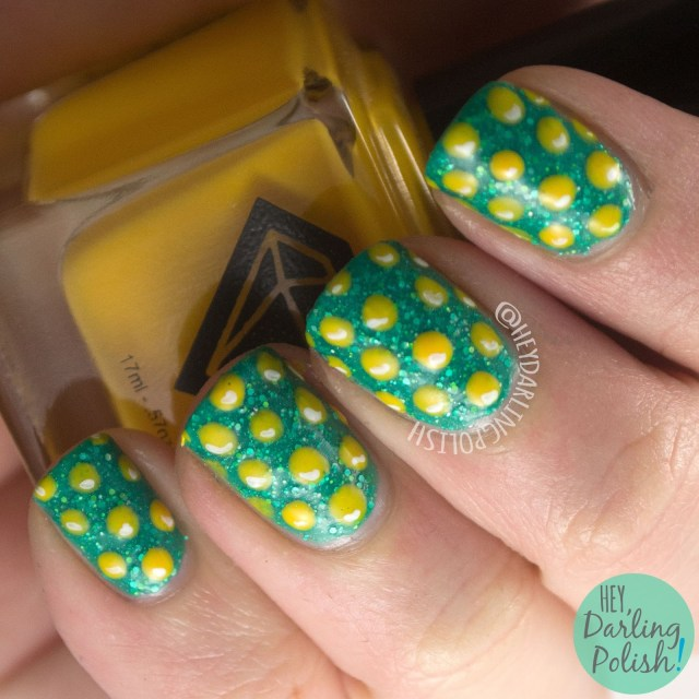 nails, nail art, nail polish, saint patricks day, polka dots, gold coins, green, indie polish, gold, hey darling polish, hobby polish bloggers