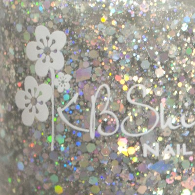 kbshimmer-ice-queen-silver-glitter-swatch-macro