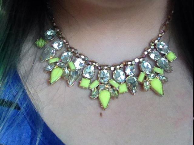 pretty-street-statement-necklace-rocksbox-review-3