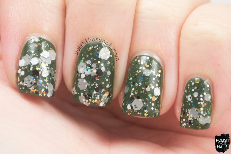 loaded-lacquer-apparition-glitter-swatch-1