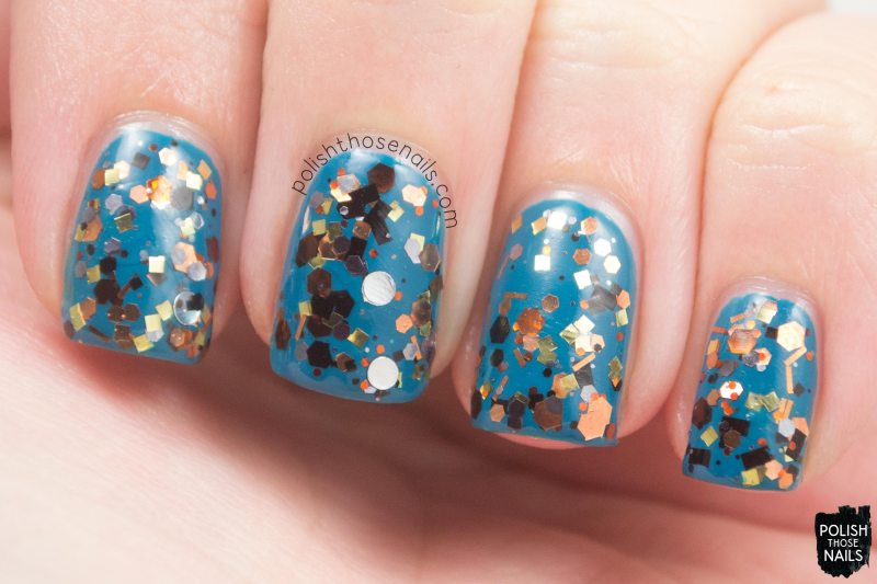 loaded-lacquer-steampunked-metal-glitter-swatch-1