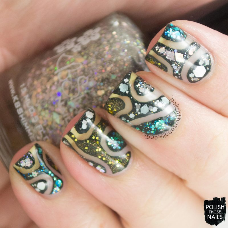nails, nail art, nail polish, polish those nails, glitter, negative space,