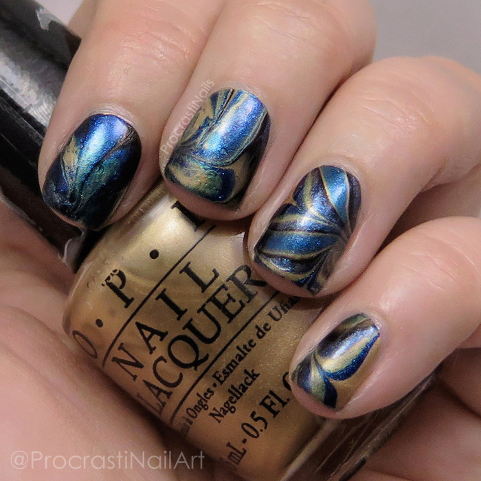 black-gold-watermarble-close