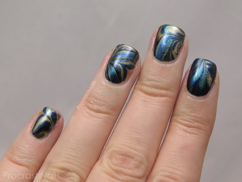 black-gold-watermarble-full