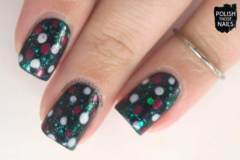 nails, nail art, nail polish, garland, christmas, polish those nails, polka dots