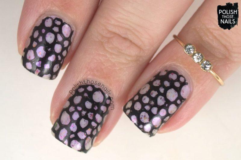 nails, nail art, nail polish, indie polish, polish those nails, black, pattern,
