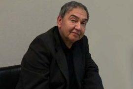 Έπεσε από τις σκάλες ο Νίκος Κοκκίνης – μεταφέρθηκε στο νοσοκομείο Αγ. Νικολάου
