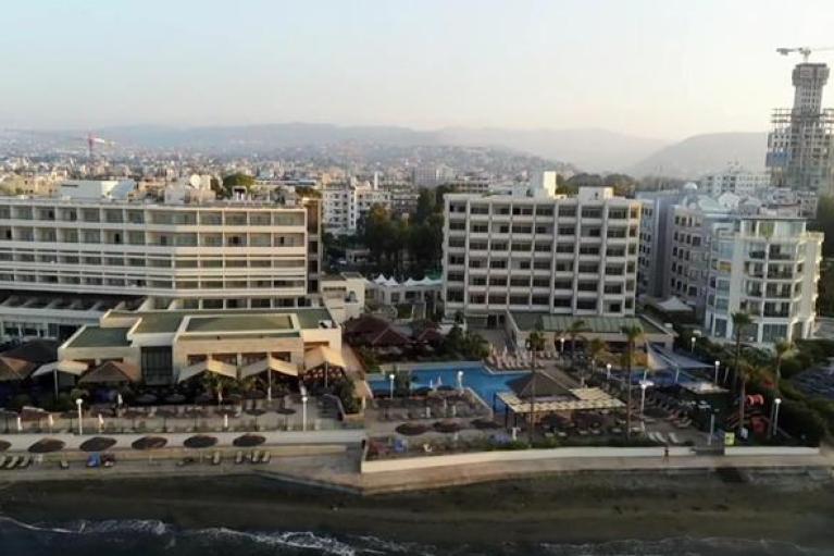 Τα χρυσά διαβατήρια και οι ελίτ της Κύπρου
