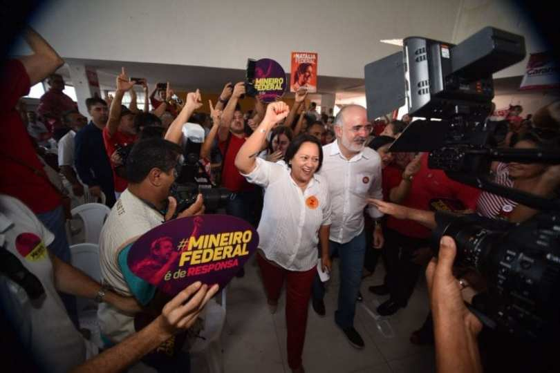 """Campanha de Fátima Bezerra afirma, em nota, que Robinson Faria está criando """"fake news"""""""