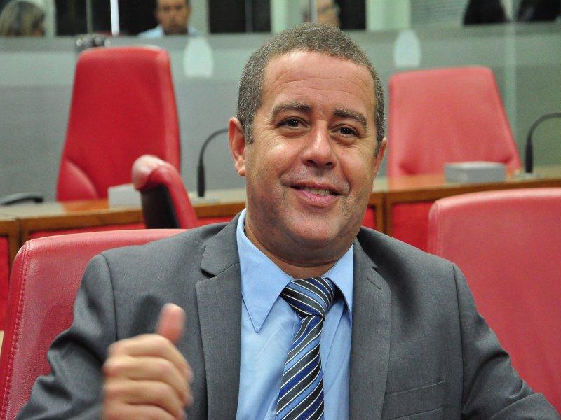 ÁUDIO: CMJP aprova projeto de João Almeida e amplia carência na Zona Azul para 30 minutos sem motorista ter que pagar estacionamento