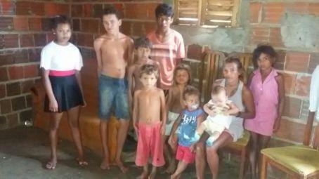 Arlinda e seus filhos
