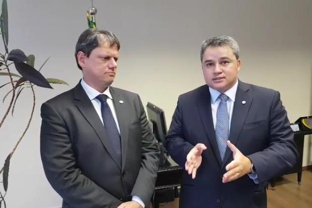 Ministro promete receber Efraim Filho e Vitor Hugo para avaliar mudanças no Projeto do Denit em Cabedelo
