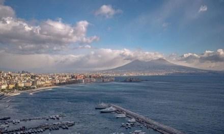 Anche a Napoli conta in politica chi offre una speranza- di Raffaele Reina