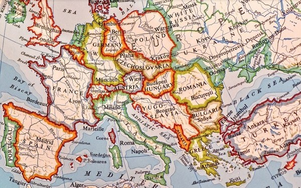 Un mondo che cambia: Italia, Europa e l'urgenza di occuparsi di politica estera e militare – di Edoardo Almagià